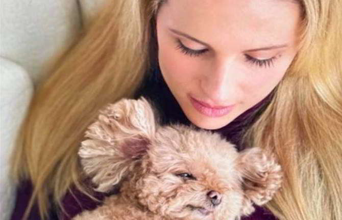 Michelle-Hunziker-cagnolina-Lilly